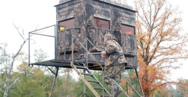 5 Best Elevated Hunting Blinds For The Money